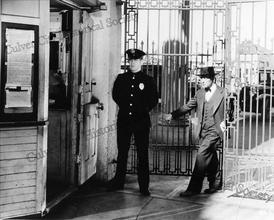 Buster Keaton entering Metro-Goldwyn-Mayer (1930)